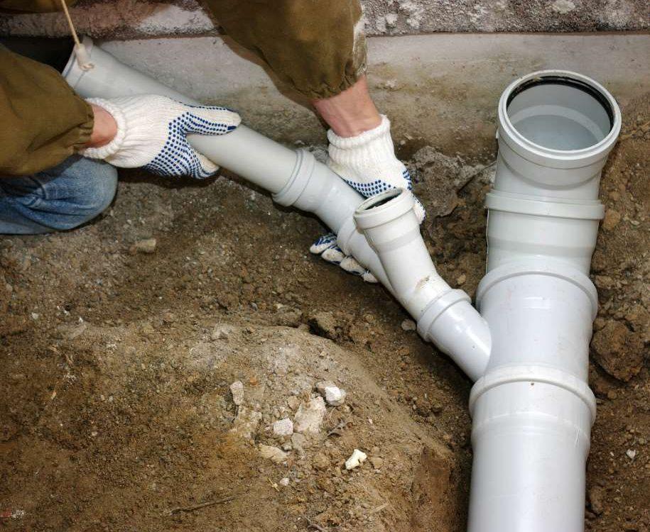 Подключение труб к канализации
