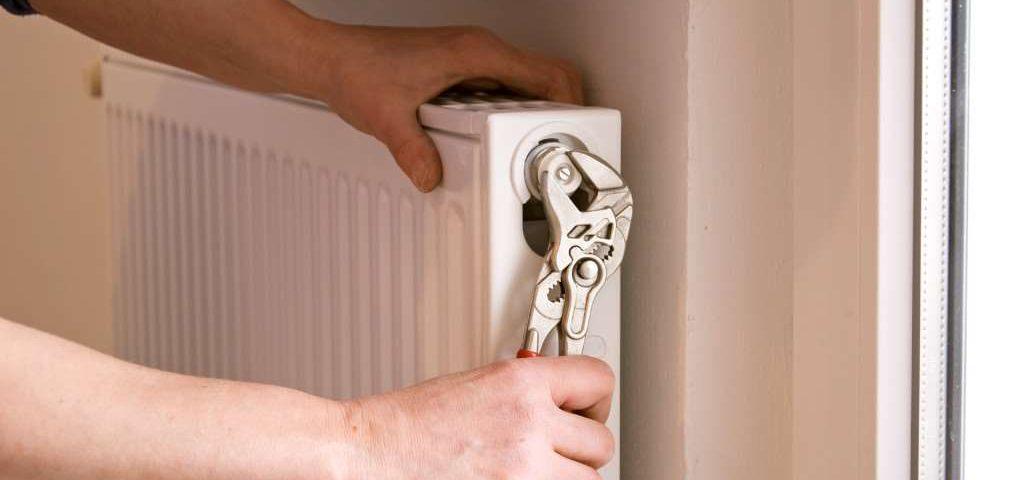 ustanovka-radiatorov-kartinka